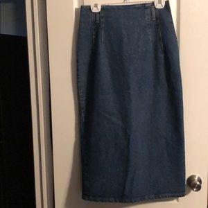 Vintage Stuffed Shirt Denim Skirt